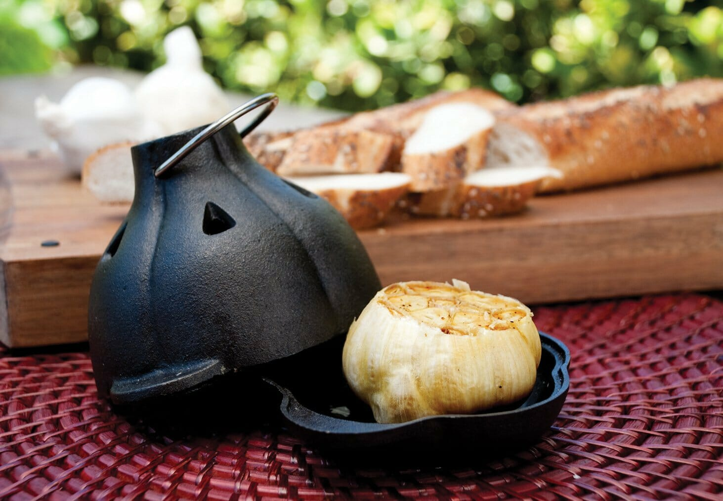 gifts-for-chefs-garlic-roaster