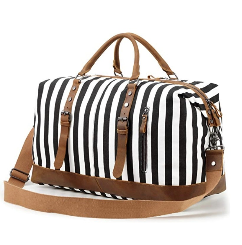 gifts-for-sisters-weekender-bag