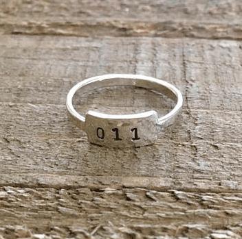 stranger things merchandise 11 ring