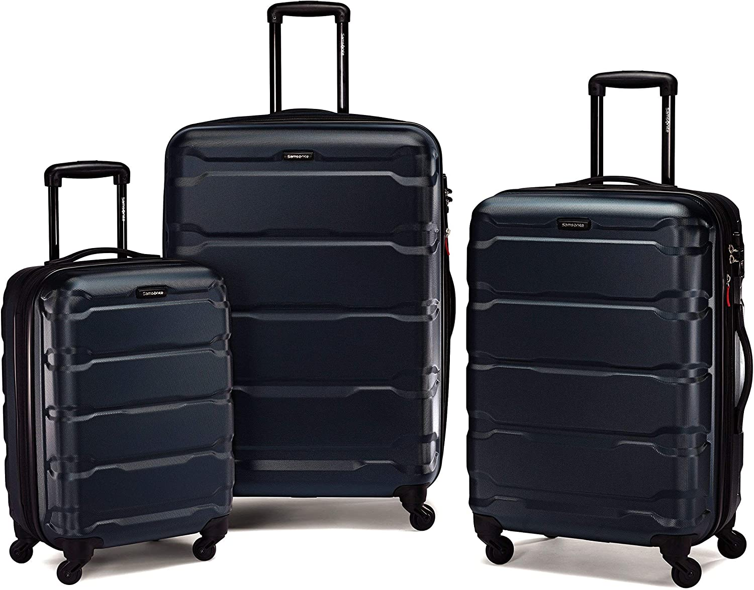 gifts-for-couples-luggage