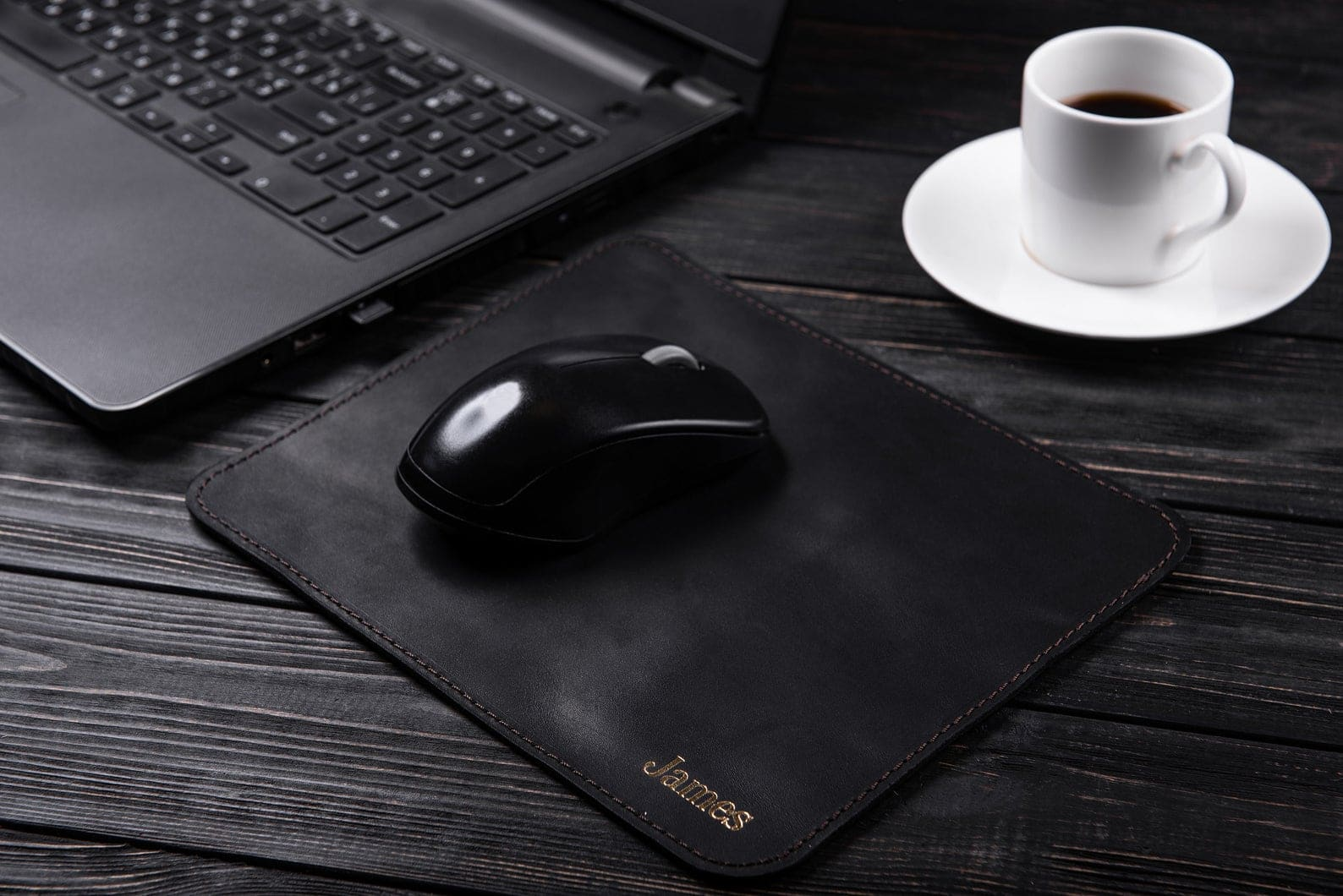inexpensive-christmas-gifts-mousepad-leather
