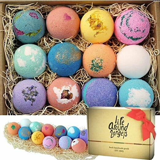 mothers-day-gift-ideas-for-mom-bath-bombs
