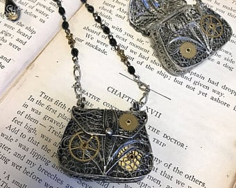 Steampunk-Gifts-Purse-Necklace