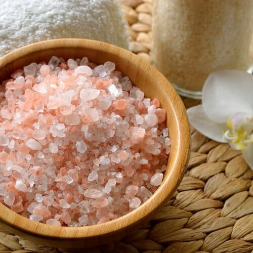 gifts-for-hostess-bath-salt