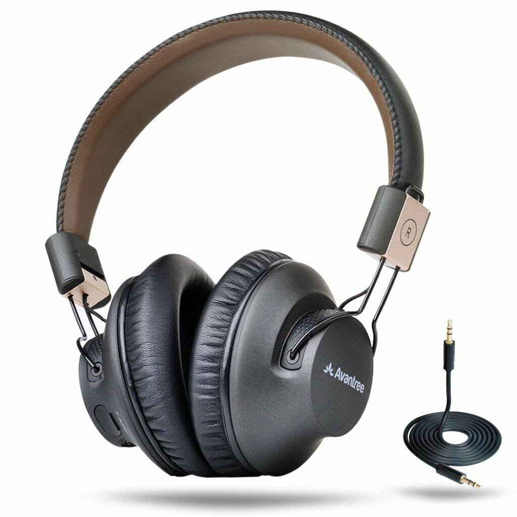 GIFTS-FOR-DAD-HEADPHONES