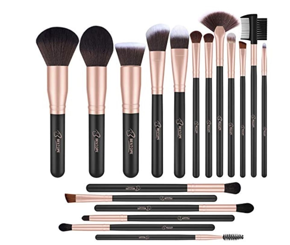 gifts-for-teenage-girls-makeup-brushes