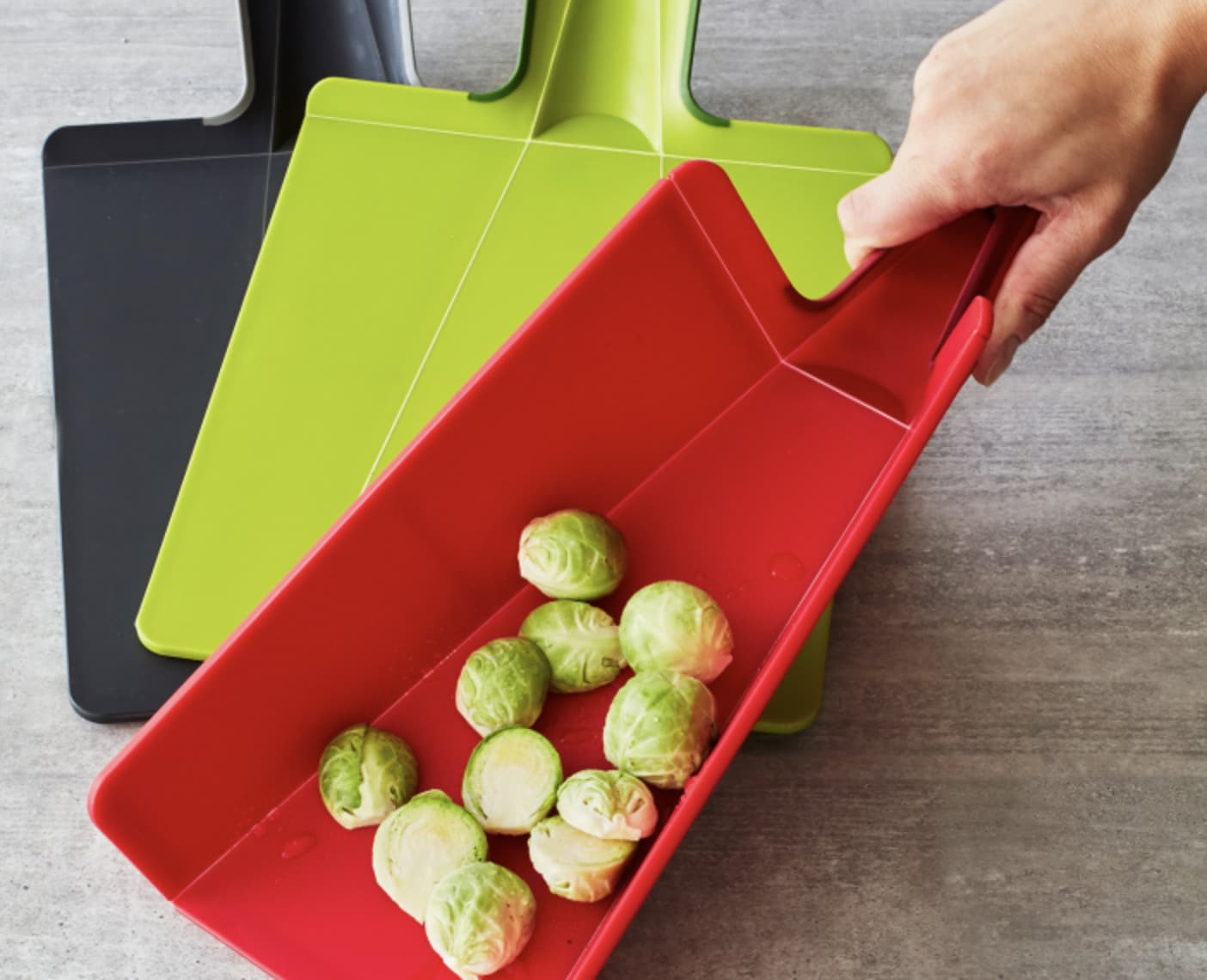 kitchen-gifts-cutting-board
