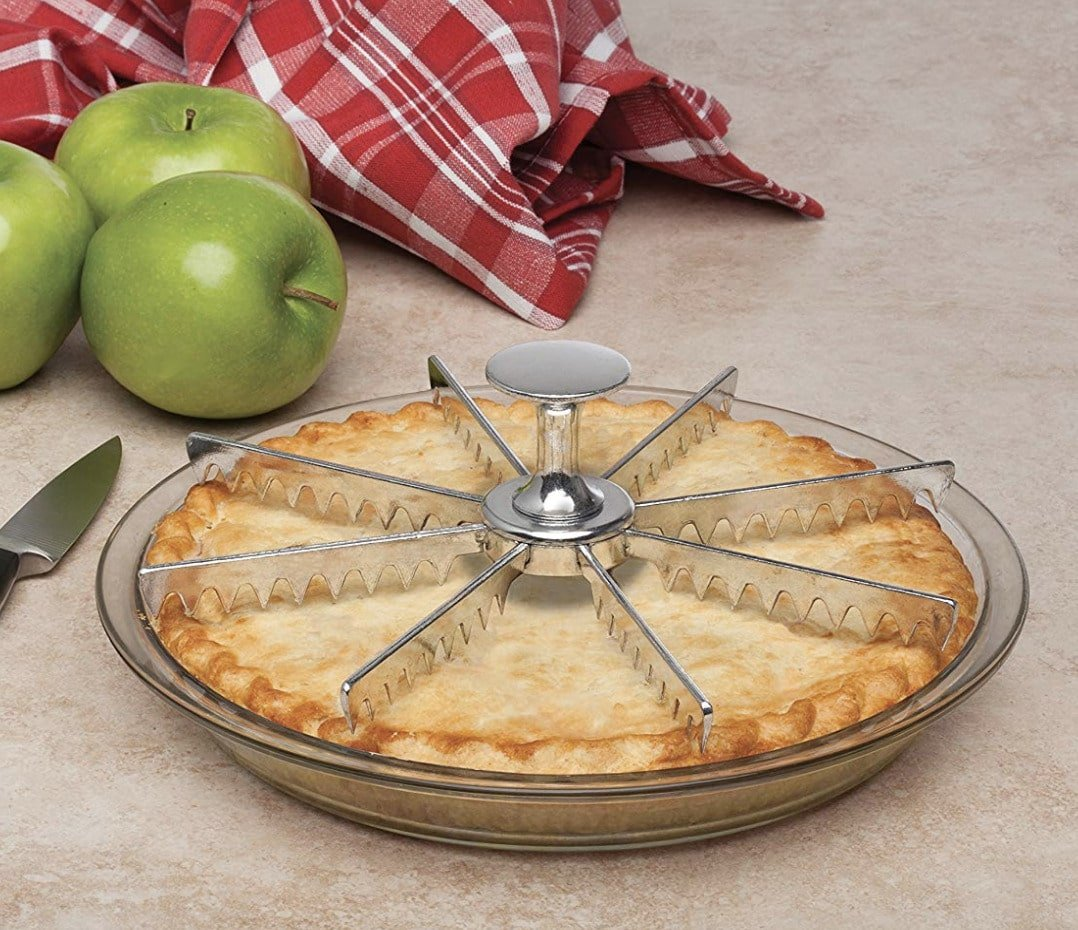 gifts-for-mom-pie-cutter
