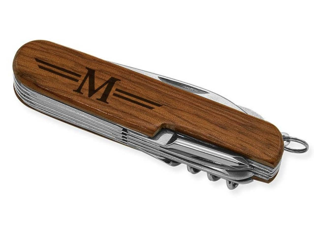 personalized-gifts-for-men-knife