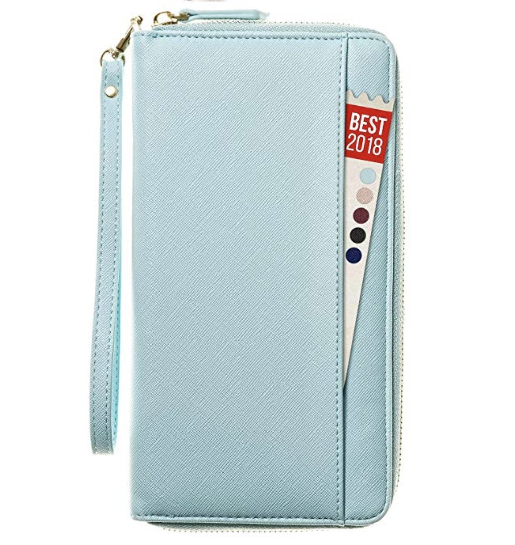 travel-gifts-for-her-travel-wallet