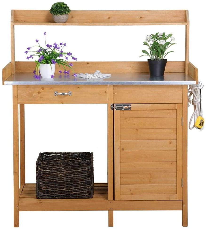gifts-for-gardeners-potting-bench