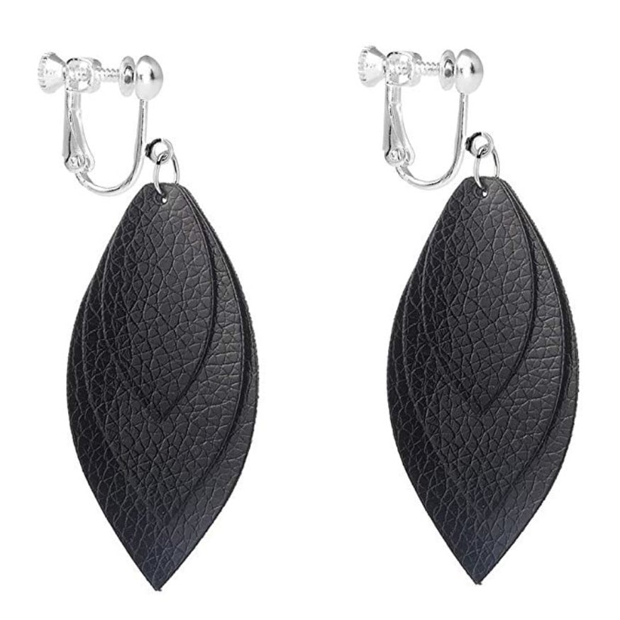 clip-on-earrings-leather