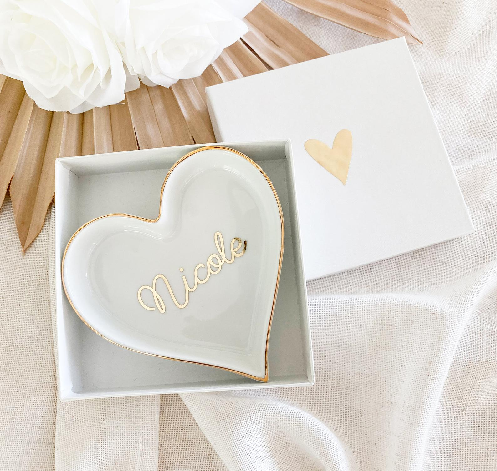 cute-gifts-ring-tray