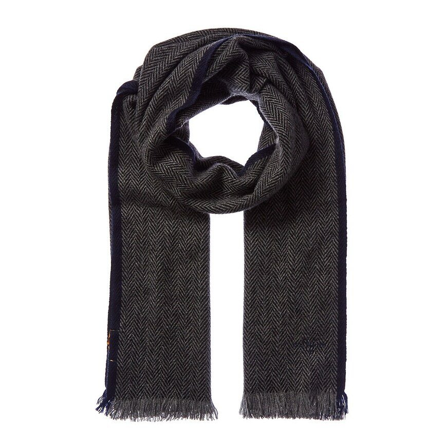 valentines-day-gifts-for-men-scarf