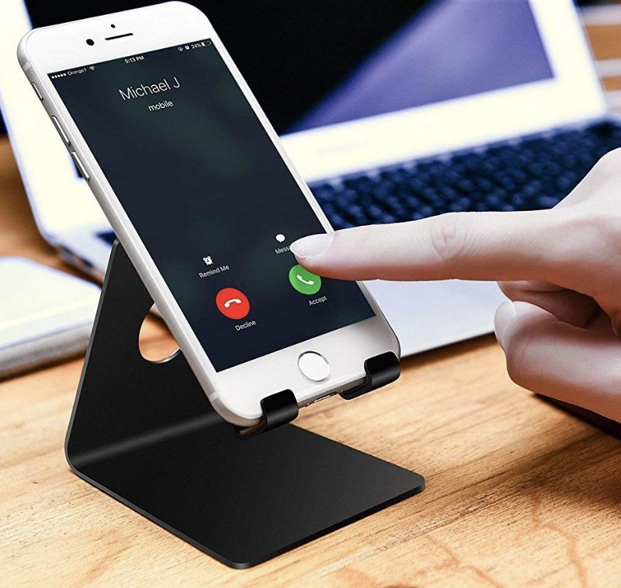 administrative-professionals-day-gifts-phone-stand