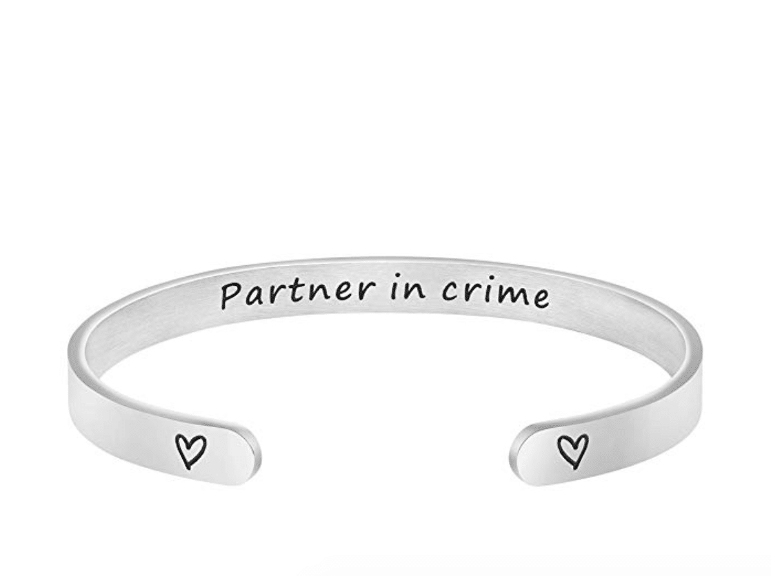 cute-gifts-for-best-friends-bracelet