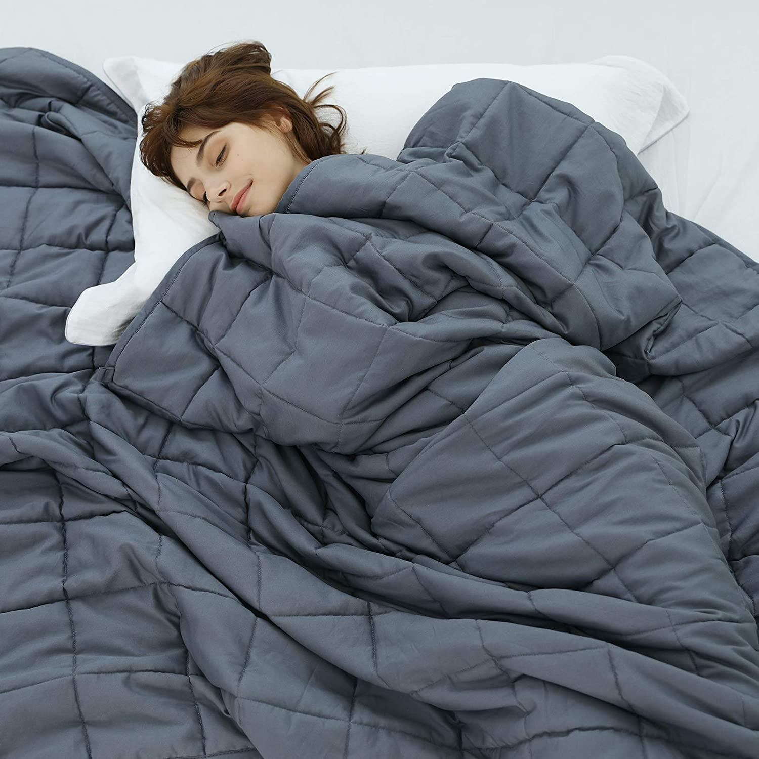 gifts-for-sister-in-law-weighted-blanket