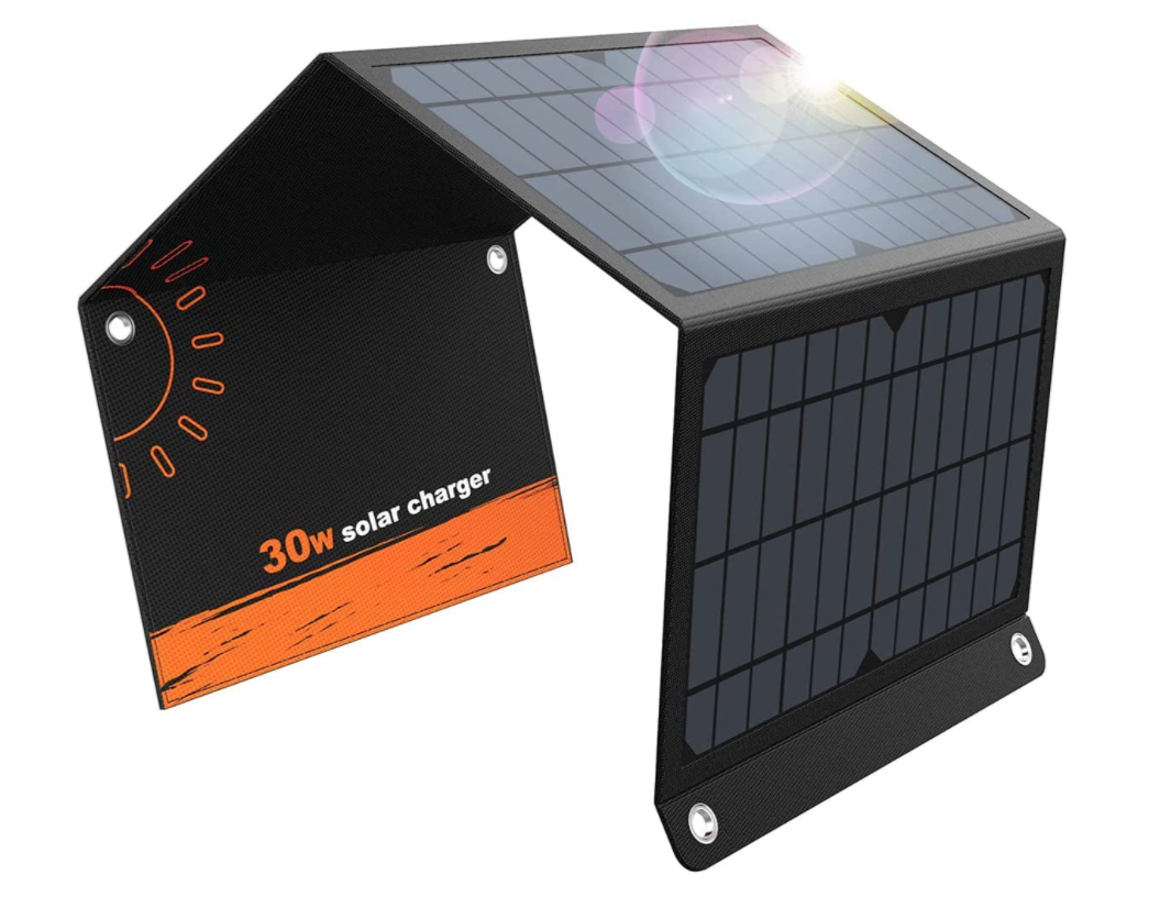 gifts-for-hikers-solar-panel