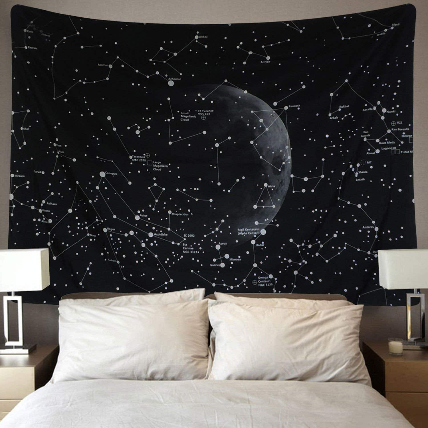 space-gifts-game-tapestry