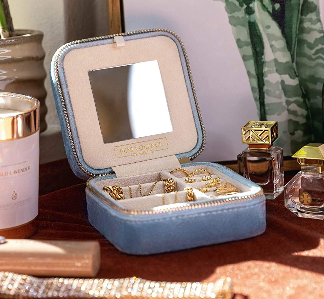 maid-of-honor-gifts-jewelry-box