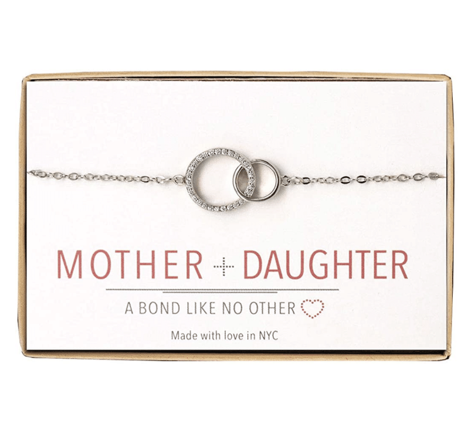 mothers-day-gifts-amazon-necklace