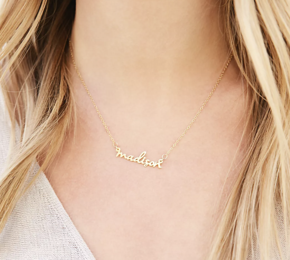 maid-of-honor-name-necklace
