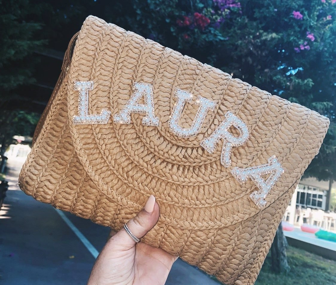 maid-of-honor-gifts-straw-clutch