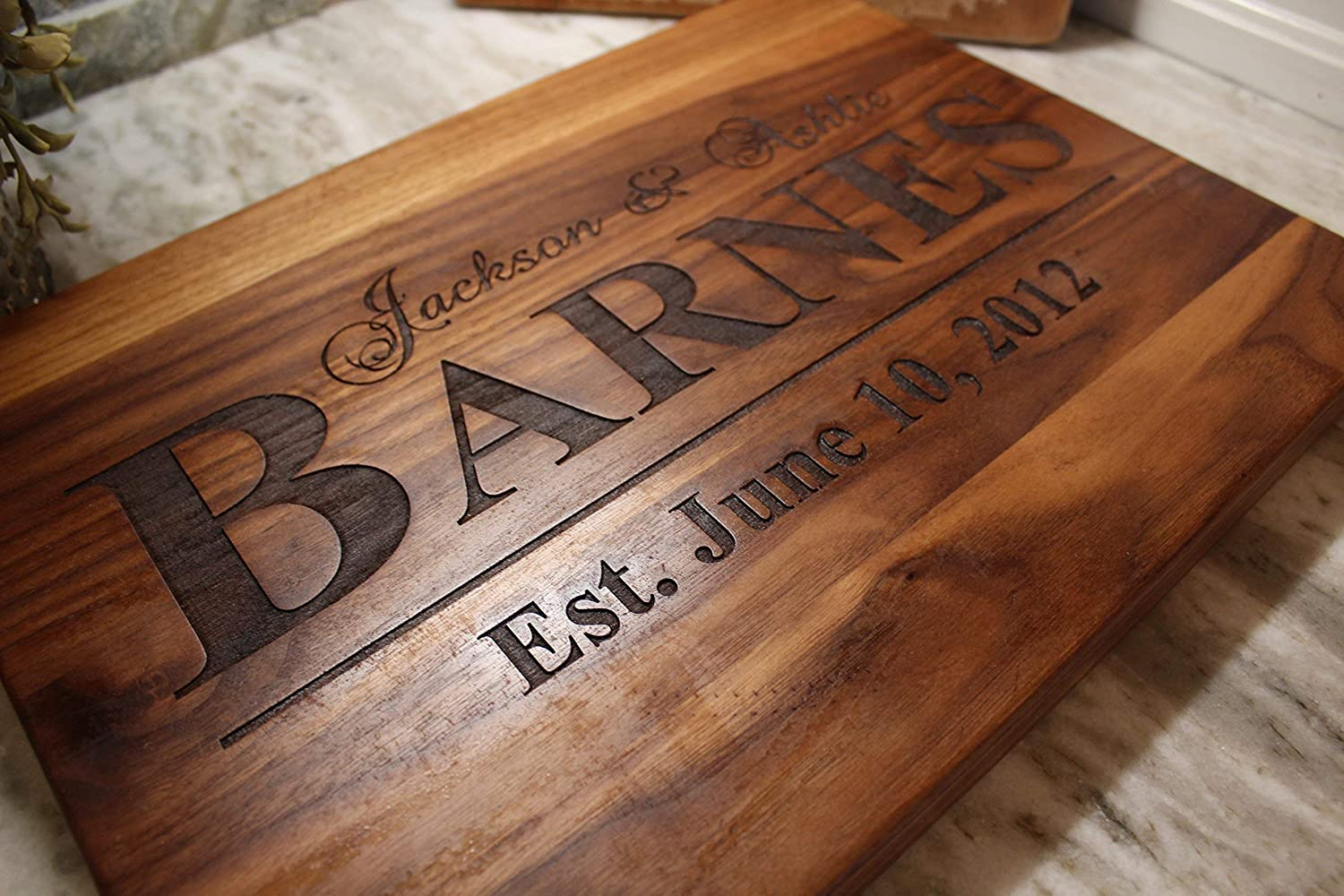 5th-anniversary-gifts-cutting-board