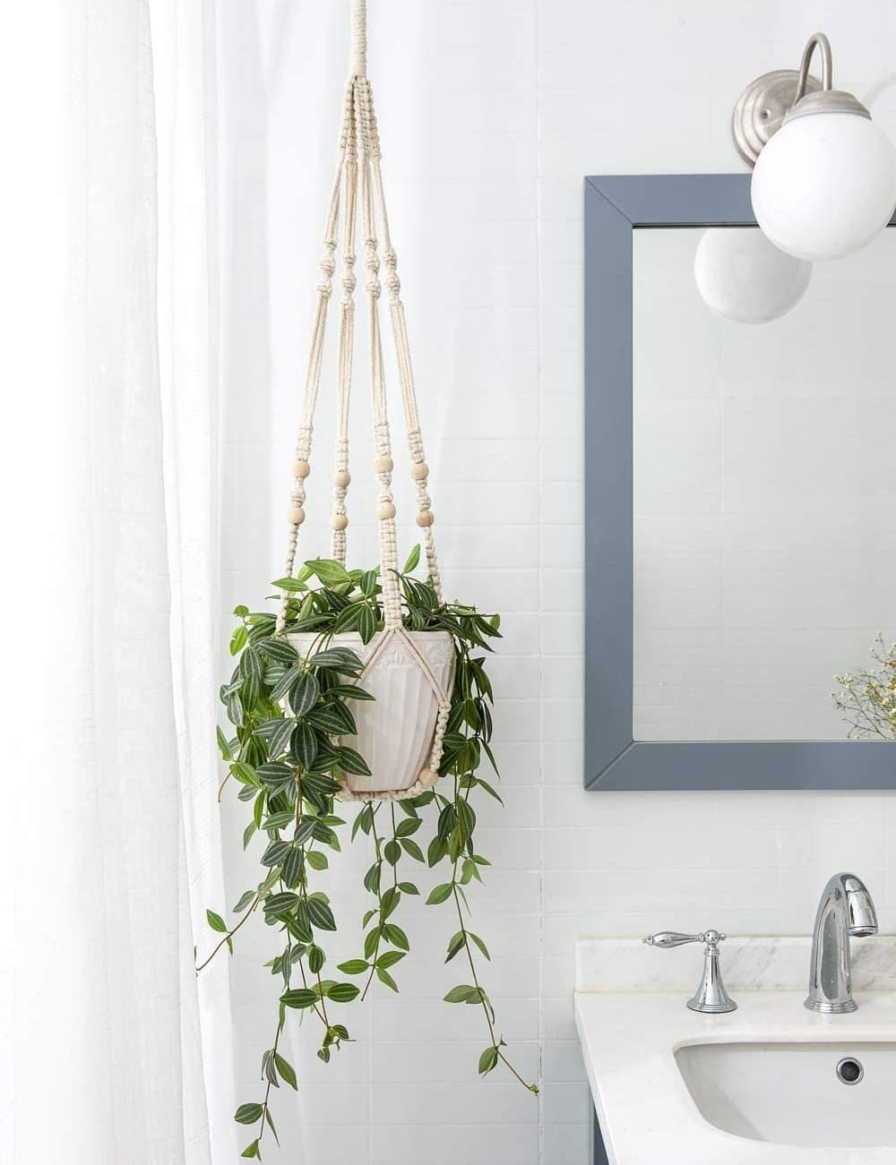 gifts-for-mother-in-laws-macrame-plant-hanger