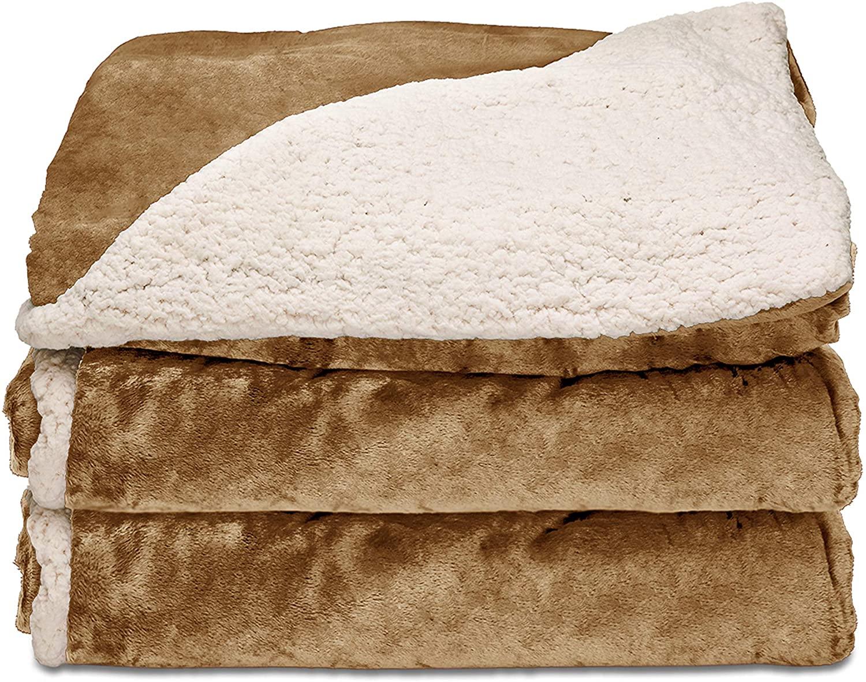 gifts-for-seniors-blanket