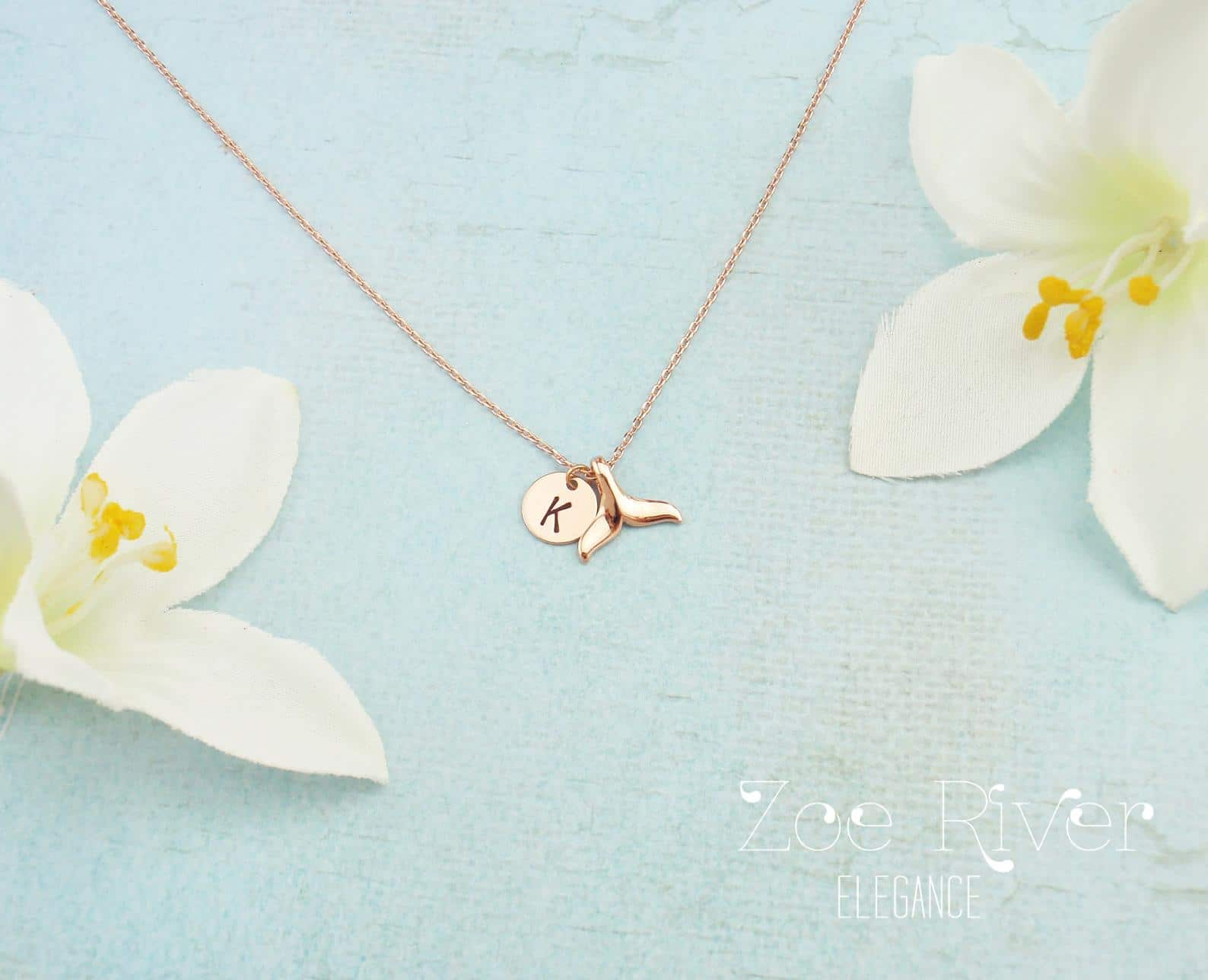 gifts-for-swimmers-fin-necklace