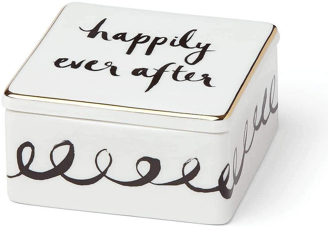 bridal-shower-gifts-keepsake-box
