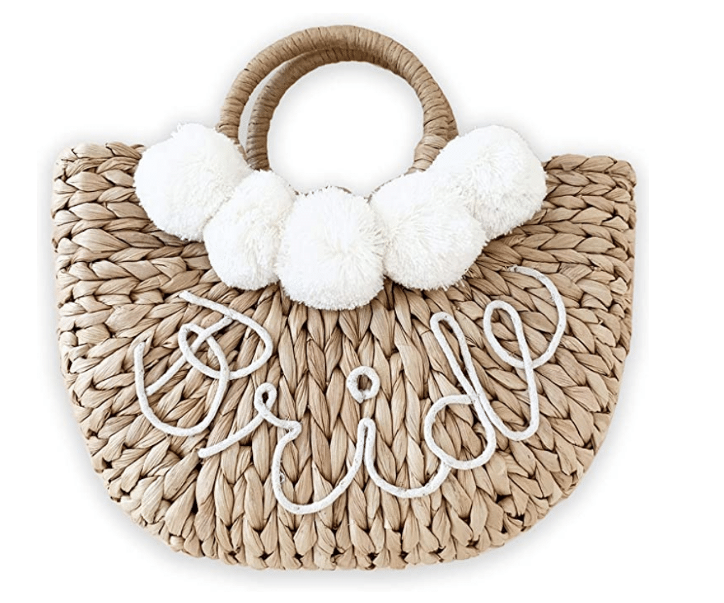 bridal-shower-gifts-beach-tote