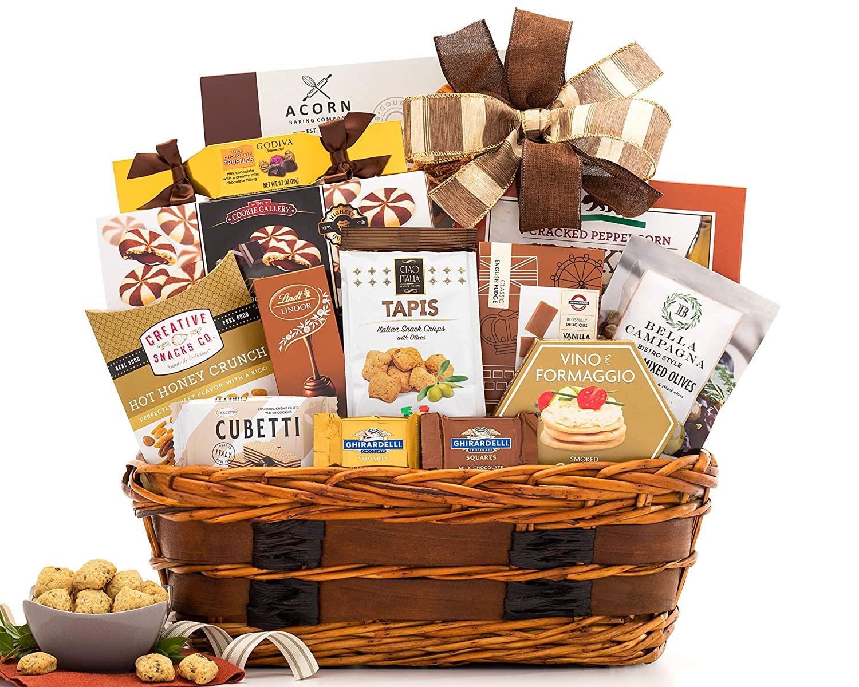 women-20s-food-basket