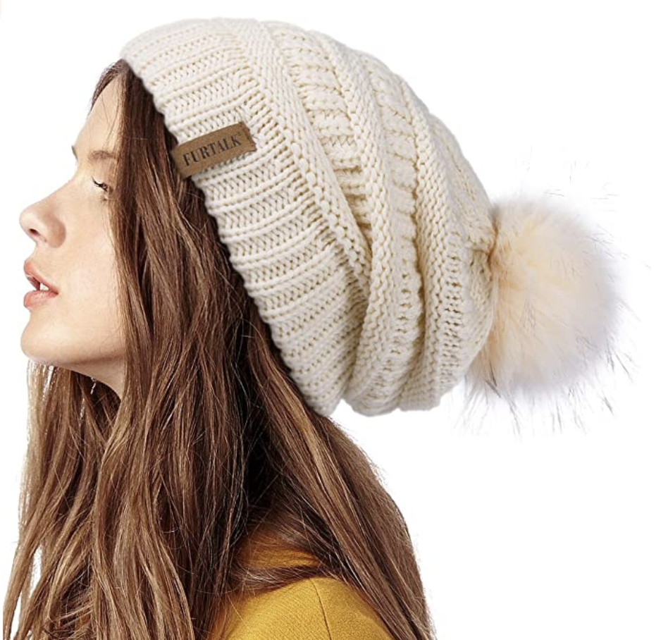 gifts-for-women-in-their-20s-beanie