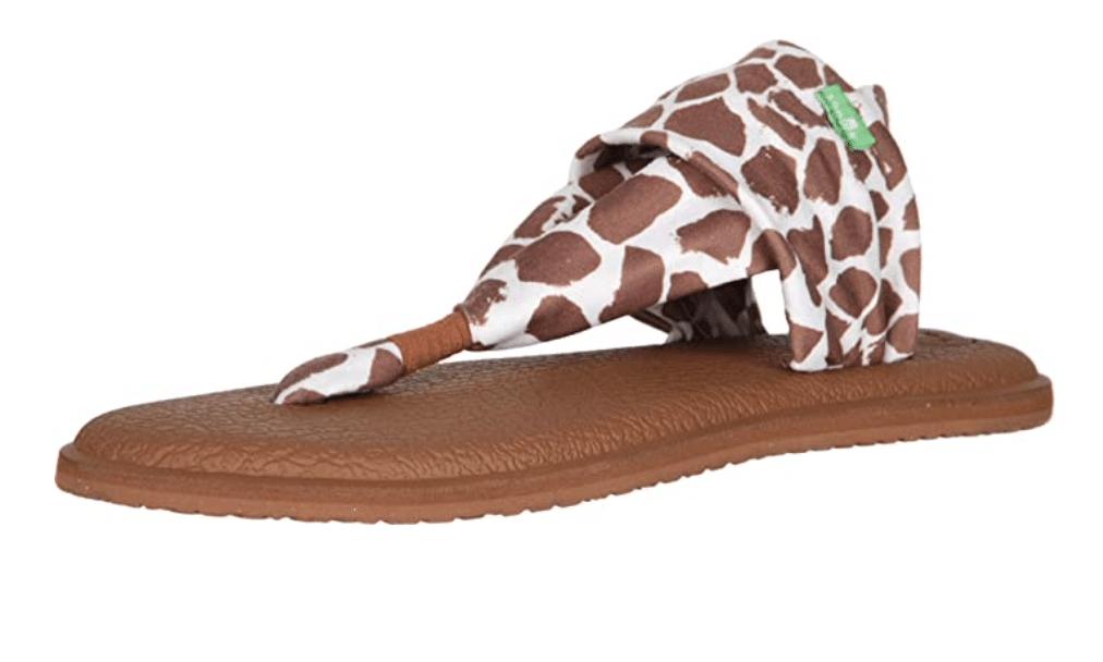 giraffe-gifts-giraffe-print-sandals