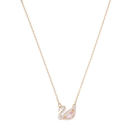 cute-gifts-for-girlfriends-necklace