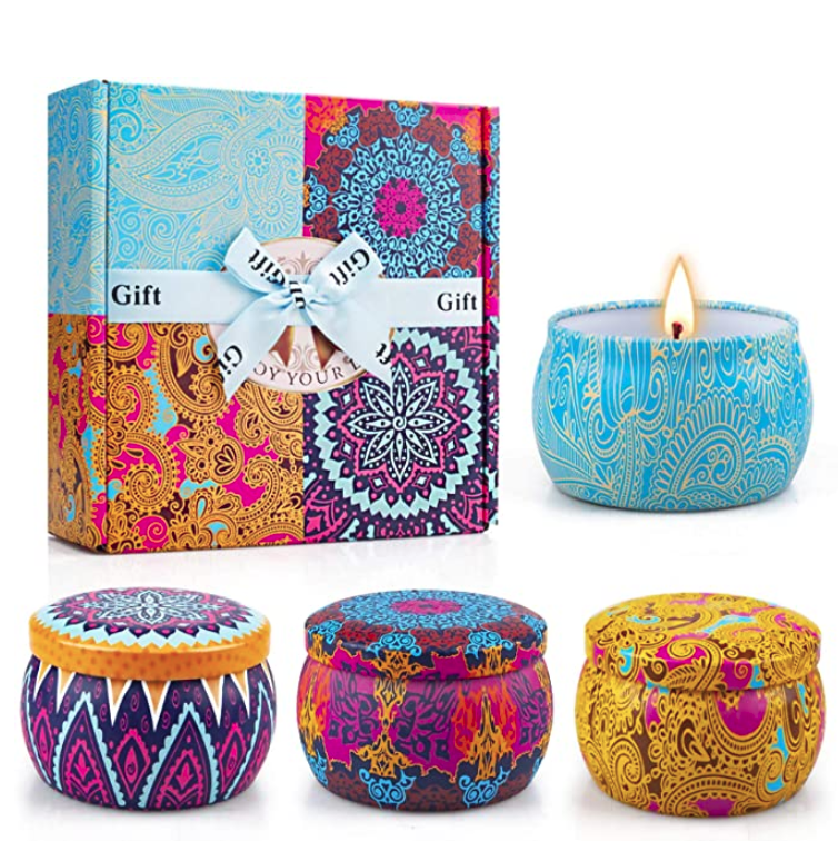 gifts-for-coworkers-scented-candle-gift-set