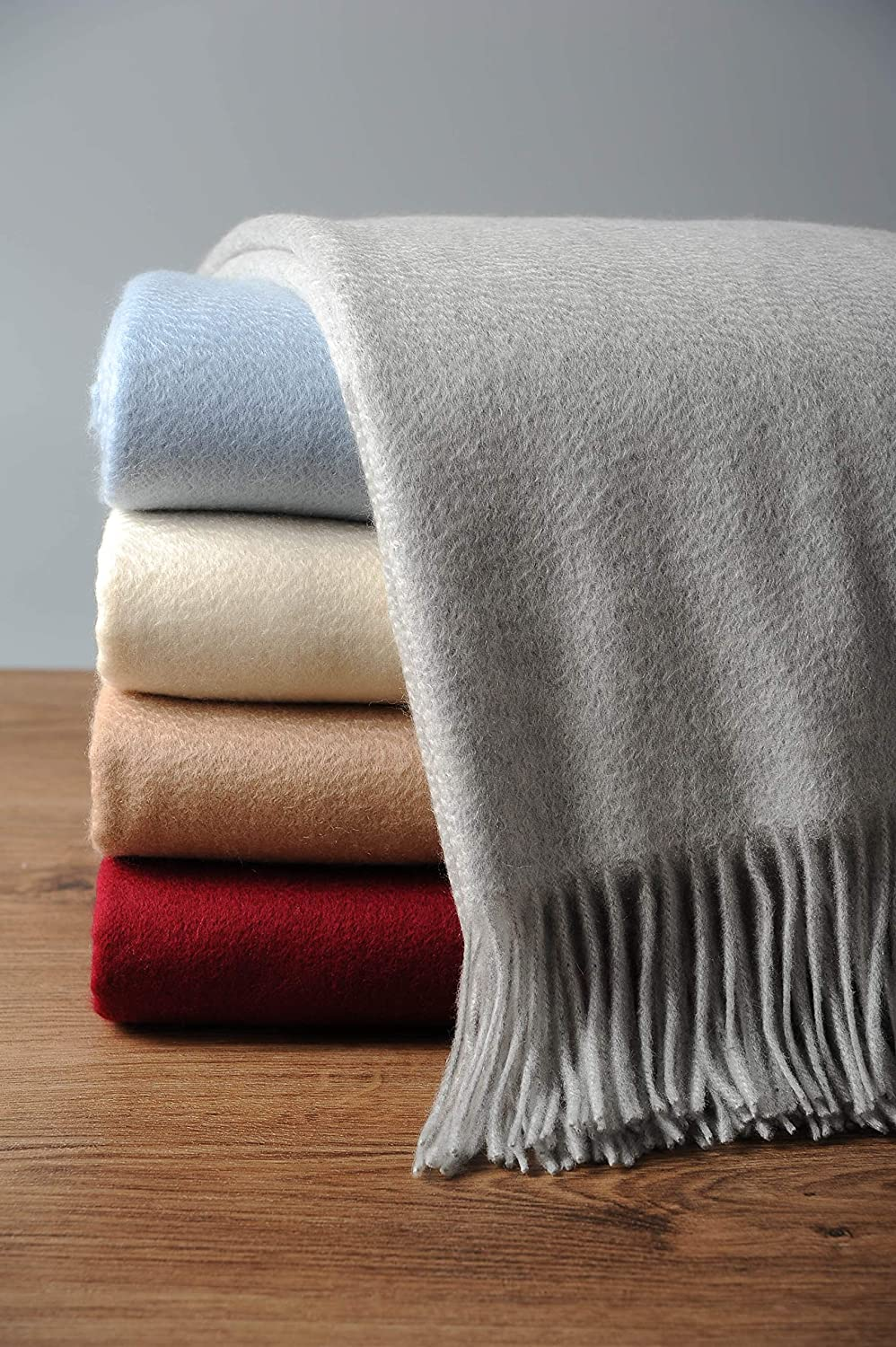 romantic-gifts-for-her-blanket
