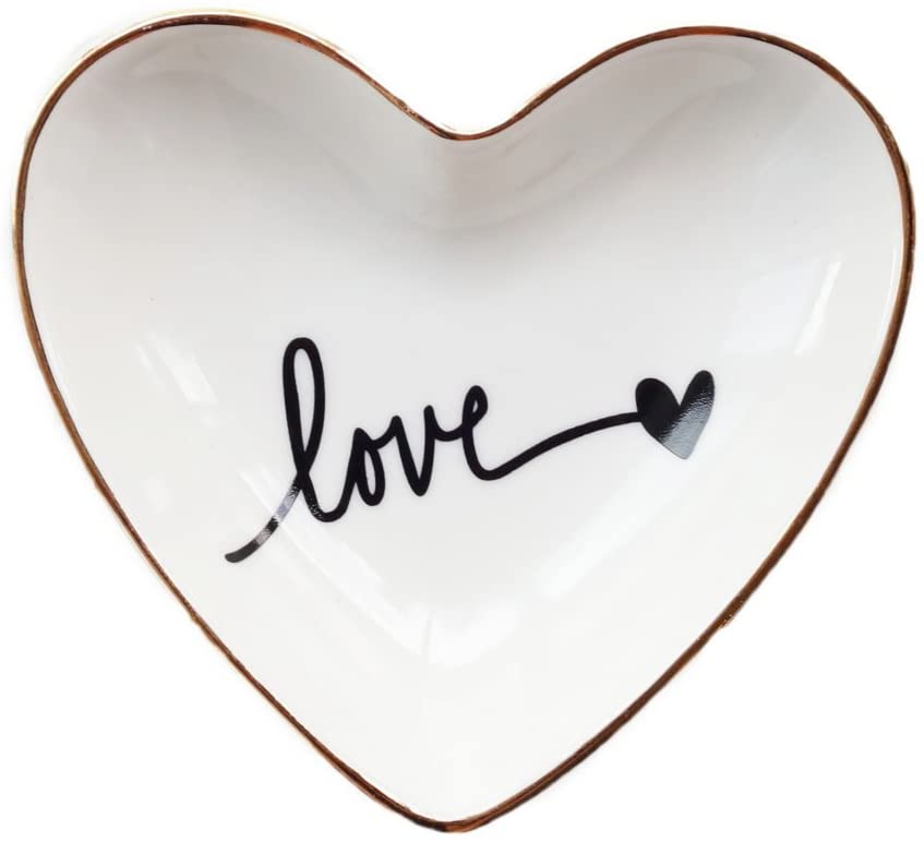 romantic-gifts-for-her-dish