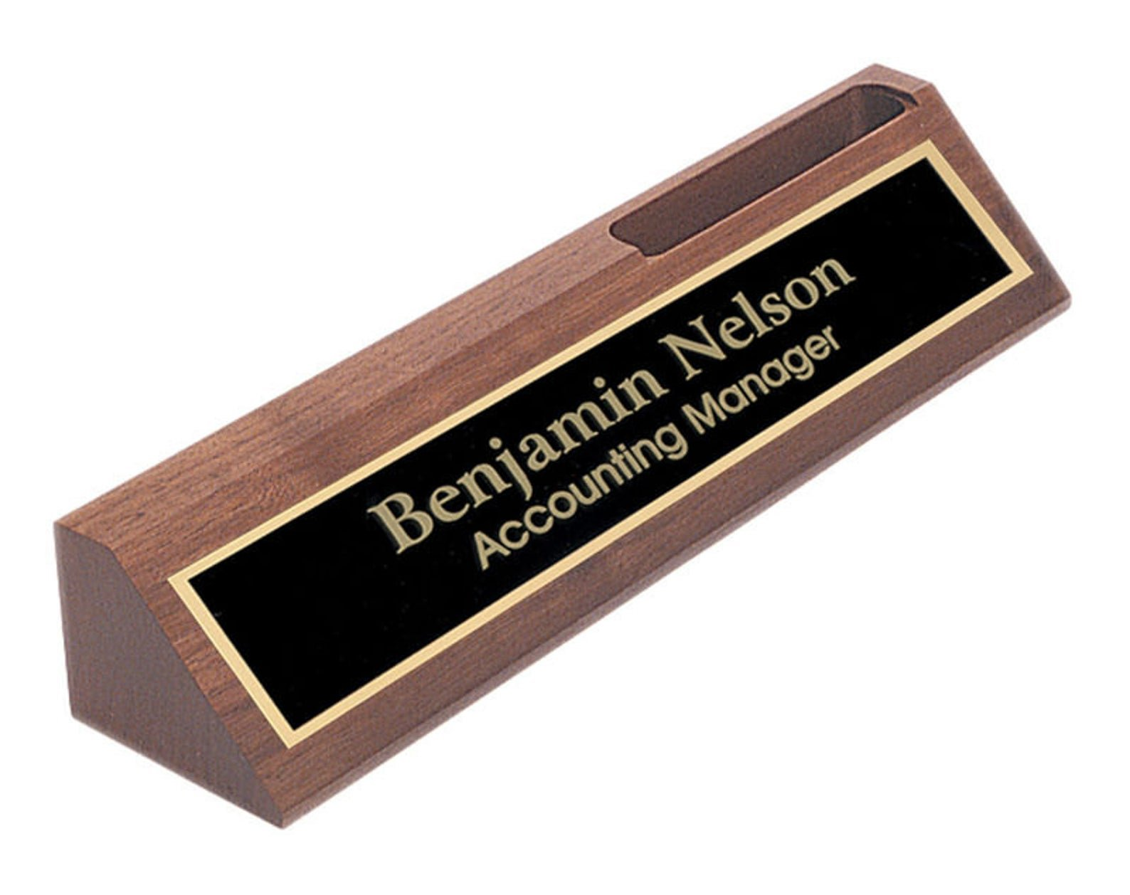 gifts-for-boss-desk-name-plate