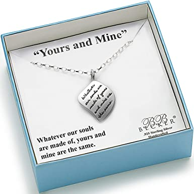 romantic-gifts-for-her-necklace
