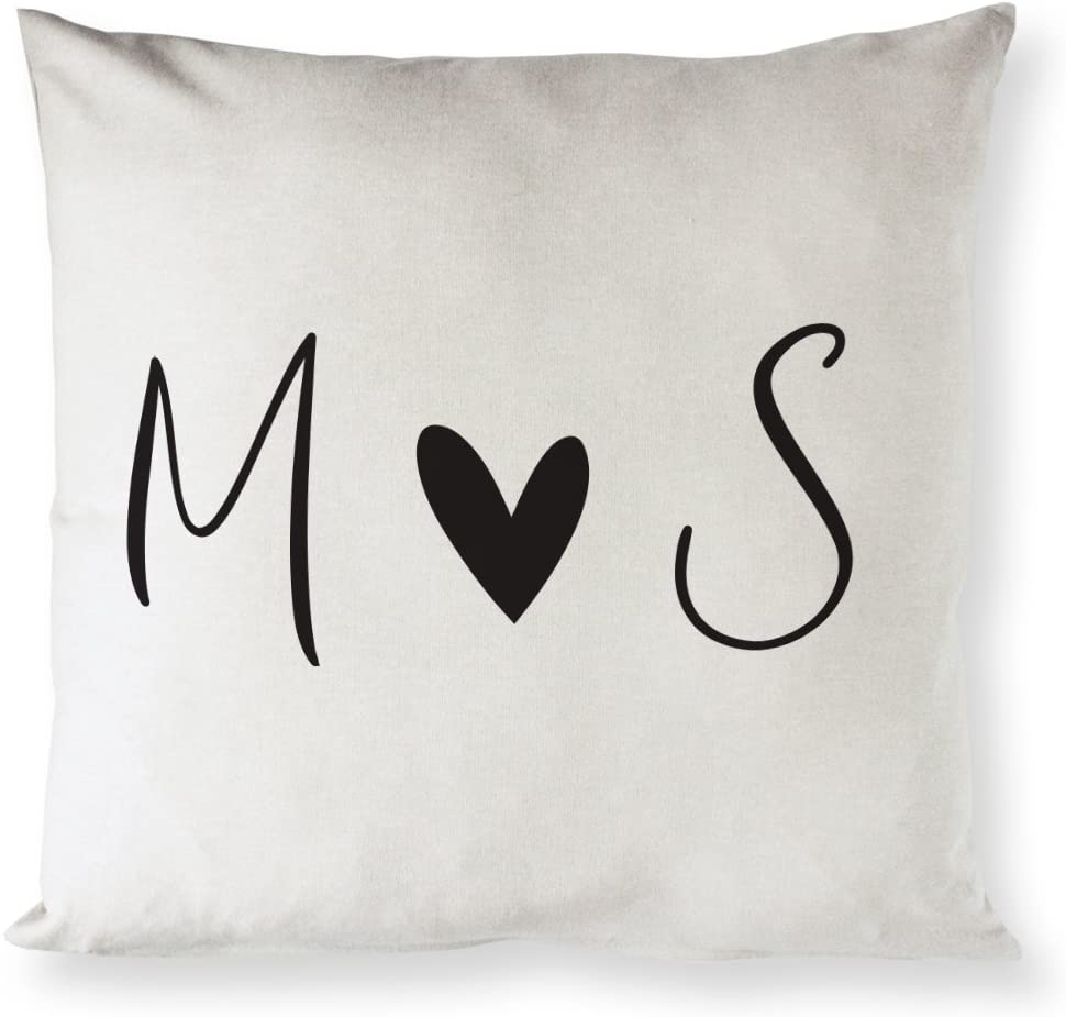 romantic-gifts-for-her-pillow