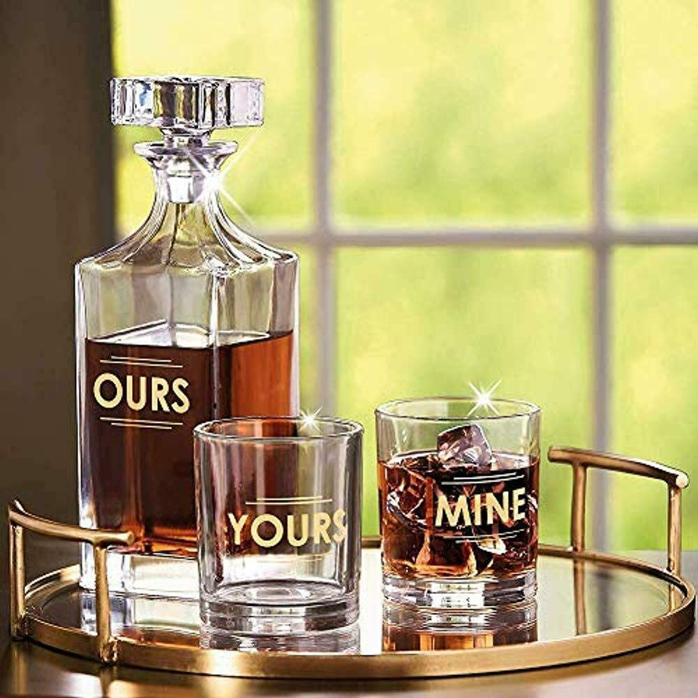 his-and-hers-gifts-decantar