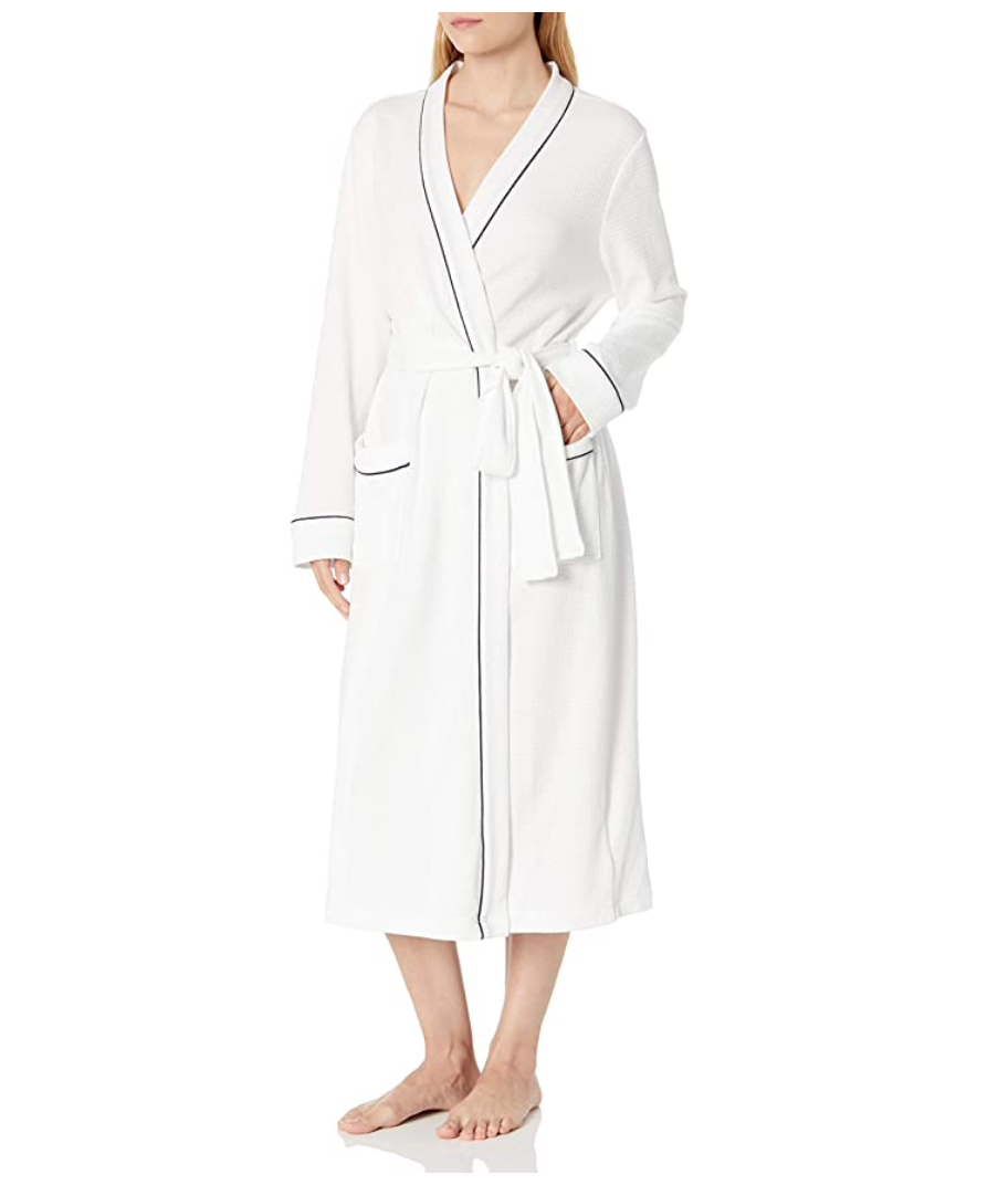gifts-for-mom-from-daughter-lightweight-robe