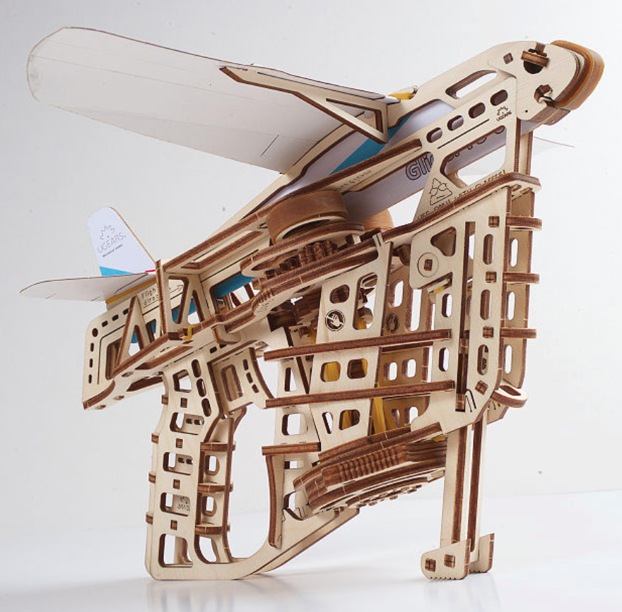 gifts-for-nerds-paper-plane-launcher