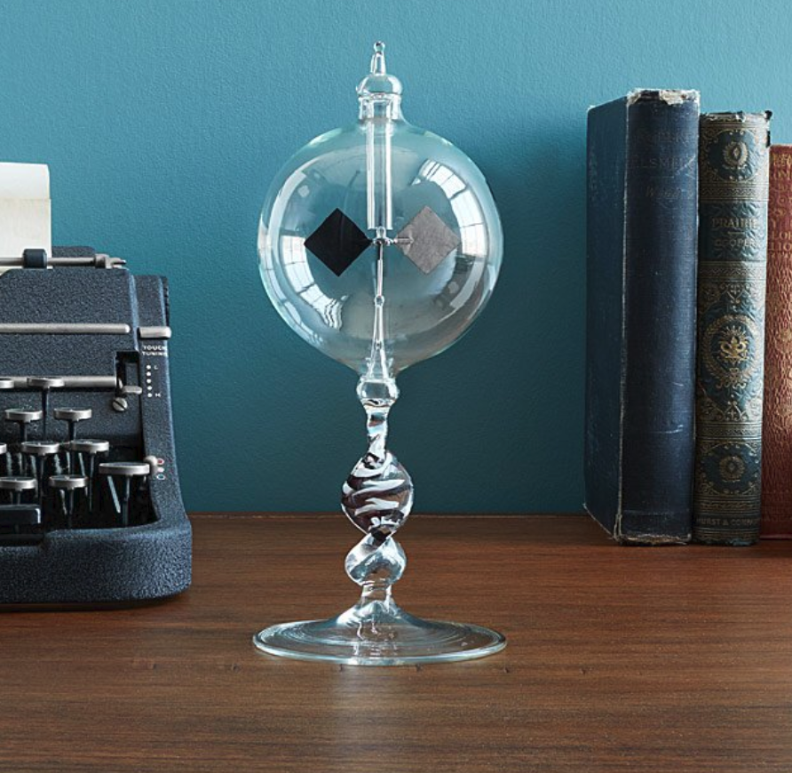 gifts-for-nerds-blown-glass-radiometer