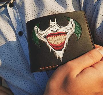batman-gifts-joker-wallet