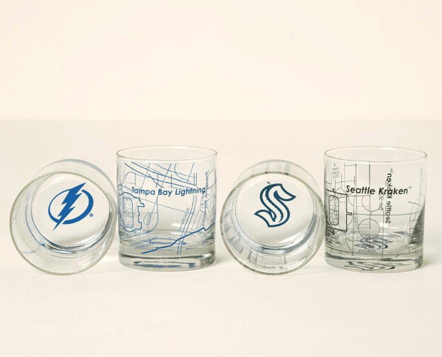 hockey-gifts-whiskey-glasses