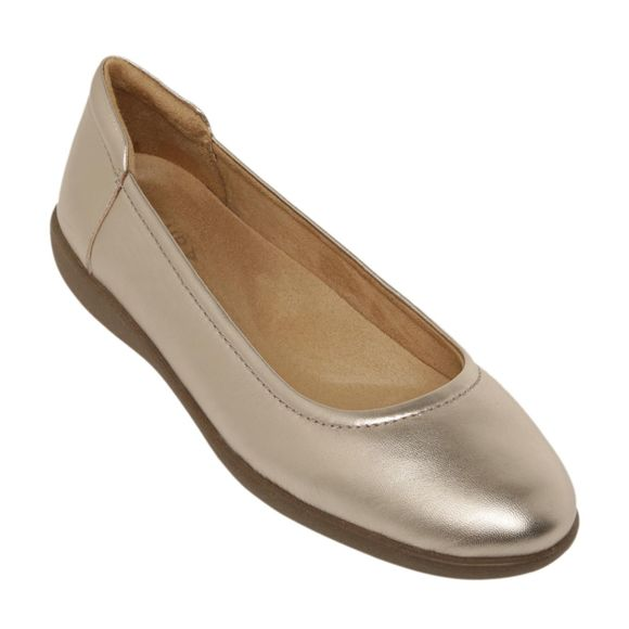 bronze-anniversary-gifts-shoes
